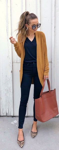 50 Fall Outfit Concepts Trending Proper Now 50 Herbst-Outfit-Ideen im Pattern MyFavOutfits The post 50 Herbst-Outfit-Ideen im Pattern appeared first on Pintgram. 50 Herbst-Outfit-Ideen im Pattern Fall Outfits 2018, Trendy Summer Outfits, Casual Work Outfits, Mode Outfits, Work Casual, Women's Casual, Dress Casual, Winter Outfits, Outfit Work