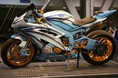 Yamaha custom sport-bike-motorcycles Visit us today :) Ducati, Yamaha R6, Yamaha Bikes, Yamaha Sport, Triumph Motorcycles, Cool Motorcycles, Sportbike Motorcycles, R6 Motorcycle, Motorcycle Quotes