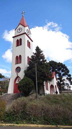 Igreja Luterana - do Relógio em Gramado. Várias dicas de passeio na cidade que é um charme.