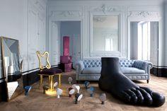 Bruno Frisoni's home captured by Francois Halard via Vogue Interior photography heaven by Jean Marc Palisse Those chairs! Interior Architecture, Interior And Exterior, Funny Home Decor, Parisian Apartment, Style Deco, Loft, Interior Decorating, Interior Design, Interior Modern