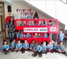 Autobús English Day, Kids English, English Festivals, English Classroom Decor, Geography Classroom, British Values, Cultures Du Monde, Uk Culture, Songs For Toddlers