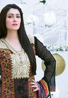 What a style Beautiful Girl Photo, Beautiful Hijab, Ayeza Khan, Pakistani Actress, Girls Dpz, Celebs, Celebrities, Festival Outfits, Pakistani Dresses