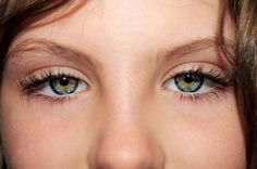 20 people with the most strikingly beautiful eyes. – Page 16 of 20 – InspireMore Beautiful Eyes Color, Lany, Eye Art, Real Beauty, Eye Make Up, Eye Color, Cool Photos, Celebrities, People