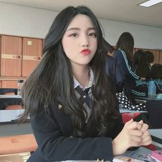 girl, ulzzang, and korean 圖片 Pretty Korean Girls, Cute Korean Girl, Beautiful Asian Girls, Uzzlang Girl, Girl Korea, Ulzzang Korean Girl, Mode Style, Japanese Girl, Korean Fashion