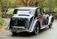1938 Rolls-Royce 25/30 Park Ward Razor Edge Saloon GZR22