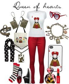 Queen of hearts outfit <3 Love this!!!