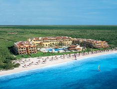 Secrets Capri Riviera Cancun - All Adults/All-Inclusive, great resort we went to celebrate our 10th anniversary beutiful place.