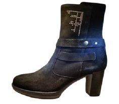 Pedro anton ankle boot 77804 via ollyander.com. Click on the image to see more!