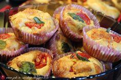 Jak to smakuje?: Muffinki pizzowe Food Dishes, Cooking, Breakfast, Impreza, Dumplings, Kitchen, Morning Coffee, Brewing, Cuisine