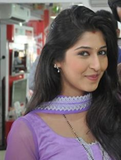 TV star Sonarika Bhadoria aka Parvati of Mahadev - Watch Indian Tv Serial Episode - Zimbio