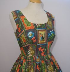 1950s Novelty Print Sleeveless Cotton Full Skirt Sun Dress