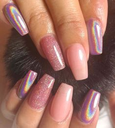 There are many types of nail art patterns, and sometimes you don't know what kind of nail design to choose the most fashionable and temperament. Choosing the right manicure, the whole person… Gradient Nails, Cute Acrylic Nails, Matte Nails, Gel Nails, Stiletto Nails, Short Nails Acrylic, Holographic Nails Acrylic, Dark Nails, Solid Color Nails