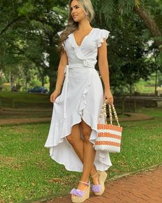 PANTALÓN PALAZZO Y BLUSA DISPONIBLE VISÍTANOS EN CALI NORTE:Calle 72 # 1a3-03 SUR :carrera 91 # 42-42 Información solo por el whatsapp 310… Cute Maxi Dress, Beautiful Maxi Dresses, Boho Summer Dresses, Cute Dresses, Casual Dresses, Fashion Dresses, Freakum Dress, Gowns Of Elegance, Outfit Combinations