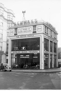 Newmans, Old Steine, Brighton, East Sussex. Brighton Rock, Brighton Sussex, Brighton England, Brighton And Hove, East Sussex, Old Pictures, Old Photos, Images Of England, Old Gas Stations