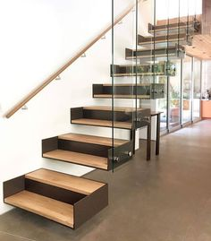 DIY Staircase Design Ideas - - 4 Times The Stair Decoration Would Make You Feel Amazed - Trend Crafts. Cantilever Stairs, Staircase Handrail, Stair Railing, Staircases, Railings, Escalier Art, Escalier Design, Glass Stairs, Concrete Stairs