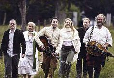 The Kelly Family 2007 Angelo Kelly, The Kelly Family, Paddy Kelly, Barbara Ann, Travel Through Europe, Old School Music, Irish American, Stana Katic, Folk Music