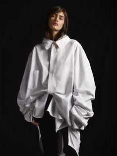 Black & White oversized layering   MyDubio