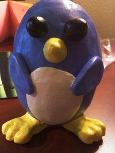 Pinch pot penguin