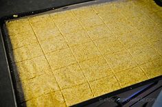 How to roll flax crackers