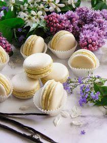 Csokoládé Reformer: Tojáslikőrös macaron Macarons, Healthy Snacks, Sweets, Cheese, Cookies, Cake, Food, Health Snacks, Crack Crackers