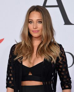 Summer Hairstyles, Pretty Hairstyles, Dark Blonde, Blonde Hair, Hair Inspo, Hair Inspiration, Short Hair Styles, Natural Hair Styles, Hannah Davis