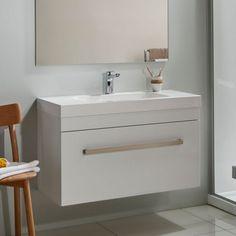Cara Soltero 900 Wall White Gloss Sleek Handle