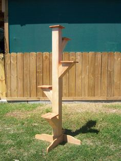 Projects - tree stand for plants.  Image how beautiful this would be with pretty flower pots and flowers!!