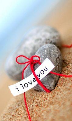 .É necessário amar também os corações de pedras!  Juh Serafim