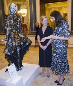 Kate Middleton Photos - Catherine, Duchess of Cambridge (R) and Sophie, Countess of Wessex attend The Commonwealth Fashion Exchange Reception at Buckingham Palace on February 19, 2018 in London, England. - The Commonwealth Fashion Exchange Reception At Buckingham Palace
