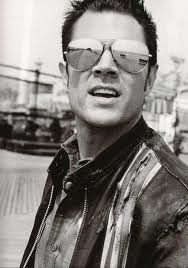 Johnny Knoxville. MMMMM. ;)