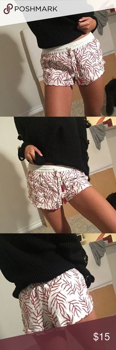 Shorts Super comfy and cute shorts. Tassel tie in the front and red stitch detail all over with scalloped bottom. Love these shorts but too big on me :( Zara Shorts