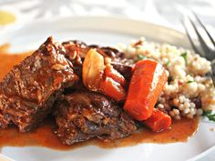 The secret to flavorful pot roast: ras-el-hanout, the Moroccan spice mix. #recipe
