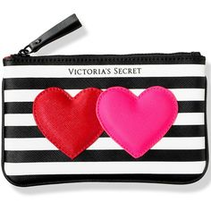 Victoria's Secret Mini Heart Bag,print (39 BRL) ❤ liked on Polyvore featuring bags, accessories, heart shaped bag, victoria secret bag, print bags, heart bag and pattern bag