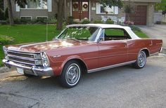 great color on this 66 Galaxie 500 convertible
