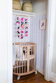 How to Fit a Nursery in a Small Space Small Space Nursery Designs – Tiny Nursery Ideas Boho Nursery, Nursery Nook, Girl Nursery, Project Nursery, Nursery Decor, Nursery Office, Apartment Nursery, Apartment Therapy, Small Space Nursery