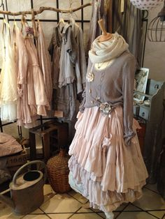Best shabby chic fashion style outfits mori girl ideas - Dresses for Women Mode Shabby Chic, Shabby Chic Style, Bohemian Style, Shabby Chic Fashion, Shabby Chic Clothing, Shabby Chic Outfits, Shabby Chic Dress, Girl Japanese, Japanese Fashion