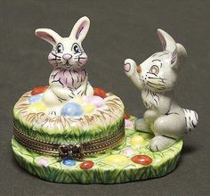 Easter Bunnies - Boxed in the Peint Main Limoges Box pattern by Peint Main.