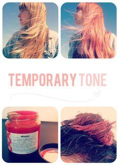 temporary pale pink hair color from conditioner. washes out in a few shampoos!  Acondicionador de color temporal. Se va en unos cuantos lavados!