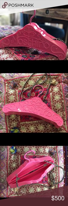 Moschino pink hanger purse. Worn once. Great condition. Moschino Bags
