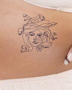 Hip Tattoos Women, Dope Tattoos, Mini Tattoos, Body Art Tattoos, Sleeve Tattoos, Tattos, 90s Tattoos, Fashion Tattoos, Dainty Tattoos