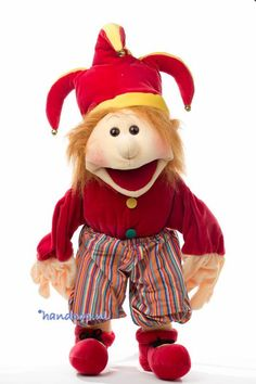 Pepe is een vrolijke nar, het is een 65 cm grote menspop van het merk Living Puppets