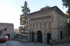 Mezquita del Cristo de la Luz junto a la Puerta de Bab-al Mardum, en Toledo