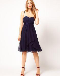 Tfnc prom dress in pleated chiffon navy