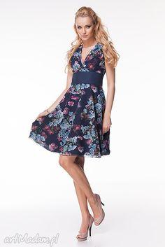 Sukienka Carolina. $71