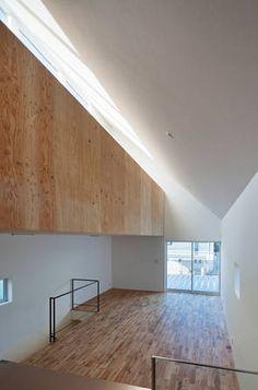 ... , Dach, Holzverkleidung, Lichtband, verdichtetes Wohnen, Innenraum