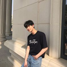 we just want to keep the moment together forever Cute Asian Guys, Cute Korean Boys, Asian Boys, Korean Boys Ulzzang, Ulzzang Boy, Korean Girl, Korean Fashion Men, Korean Men, Boy Fashion
