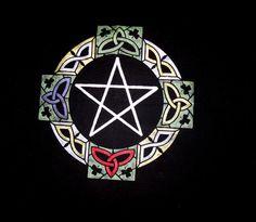 Celtic Pentagram Wicca Altar Cloth by Levanahsworkshop on Etsy, $25.00