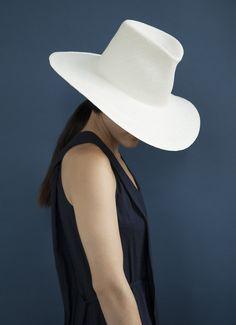 #CLYDE #clydehat #clydestrawhat #strawhat #hat #straw #summerhat
