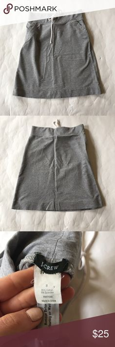 J. Crew Sweatshirt Skirt in Gray Fun and easy Sweatshirt Skirt in gray from J. Crew. Goes past the knees. Has a cute rope tie at waist (is just for aesthetics) and pockets at sides. Excellent condition. J. Crew Skirts Midi