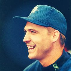 Happy Birthday to #Mariners  legend Dan Wilson. #MarinersHOF